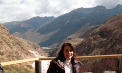 overlooking-the-salt-pans-in-the-sacred-valley-of-the-incas