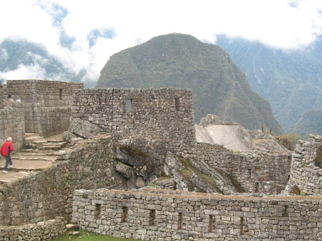 mountain-peak-at-machu-picchu